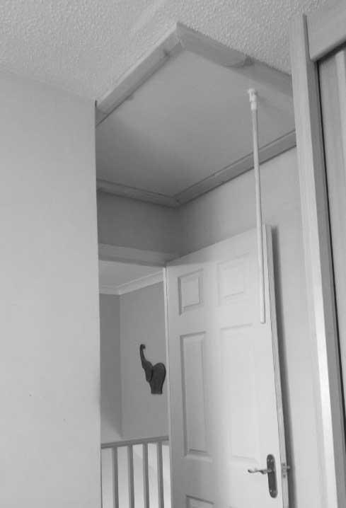 confined-space-loft-ladder-hatch
